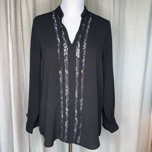 NWOT Simply Noelle Fashionably Lace Blouse